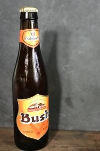 Bush ambrée, aux arômes de levure, bière de caractère légèrement amer