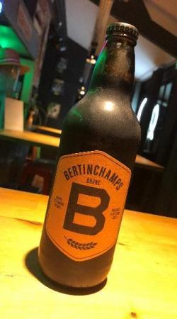 La Bertinchamps, bière brune équilibrée à la mousse crémeuse