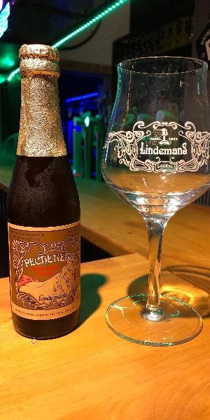 La Lindemans Pêcheresse, bière fruitée au blé et jus de pêche